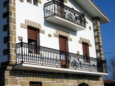 Aberturas curiosidario for Puertas balcon de aluminio precios en rosario